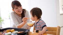 Thực đơn ăn uống khoa học cho trẻ dưới 2 tuổi