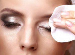 Cách chăm sóc da mặt trắng mịn tại nhà hằng ngày