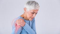 Tại sao người lớn tuổi luôn mắc phải tình trạng thiếu canxi trầm trọng